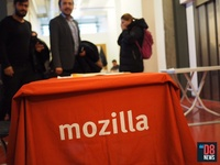 Mozilla Stand by D8 News